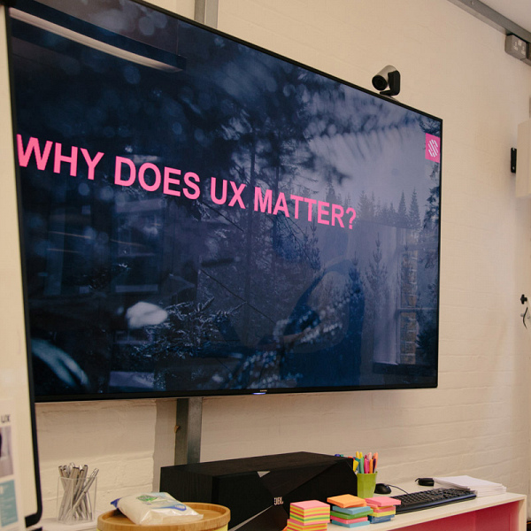 The wrong airport, Fruit salad UX, and a design sprint – our first UXPM taster event