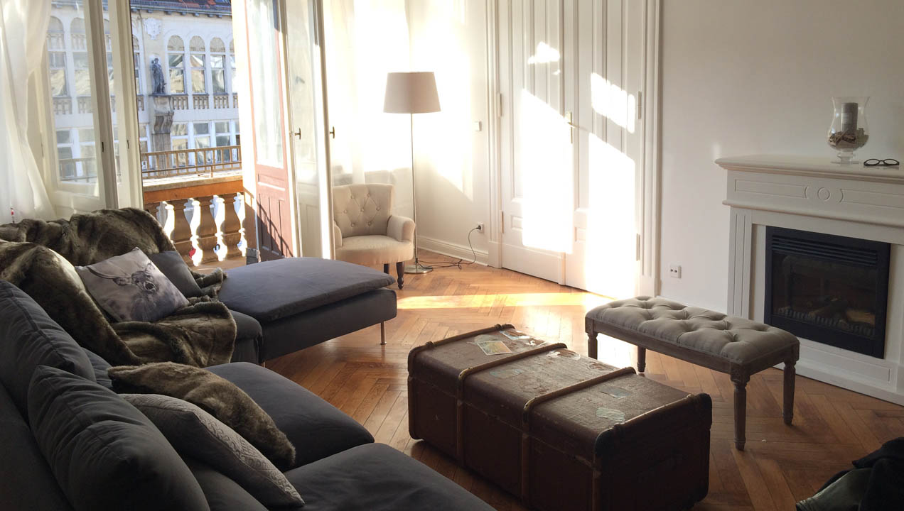Interior of AirBnB apartment - listing here: https://www.airbnb.co.uk/rooms/4707415